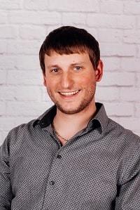 Portraitbild Theaterspieler Florian Halmich