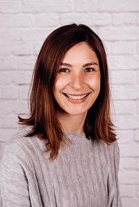 Portraitbild Theaterspieler Nadine Stemmer